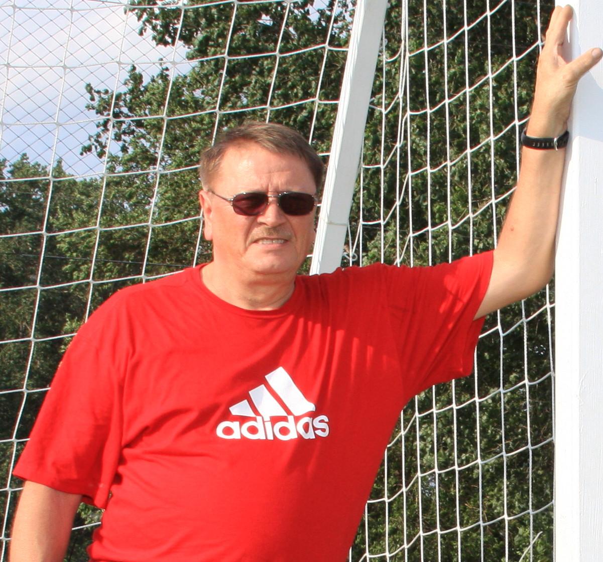 Miro Tot : Manager